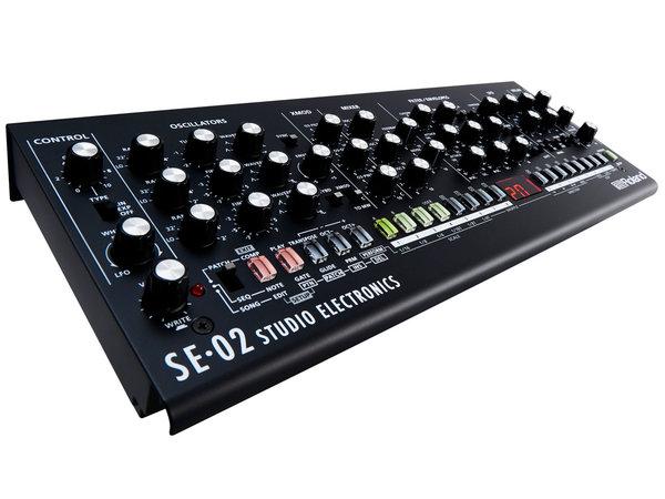 ROLAND SE 02  Boutique Limited Edition - Sintetizzatore Analogico