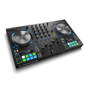 NATIVE INSTRUMENTS Traktor Kontrol S3 -
