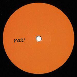 RAV002